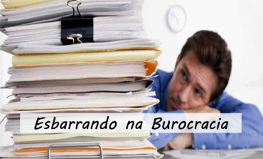 Esbarrando na Burocracia